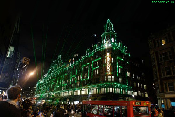 Playing with the Harrods Lights? (2/2)