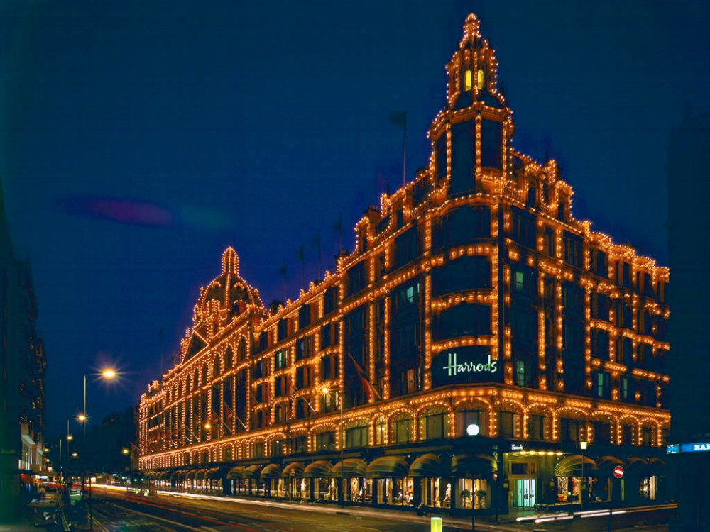 Playing with the Harrods Lights? (1/2)
